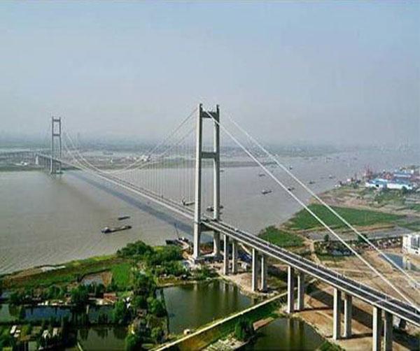 镇江润扬大桥工程